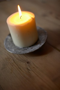 affordable cremation service in Sudbury candle